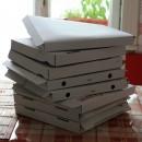 cutii goale de pizza