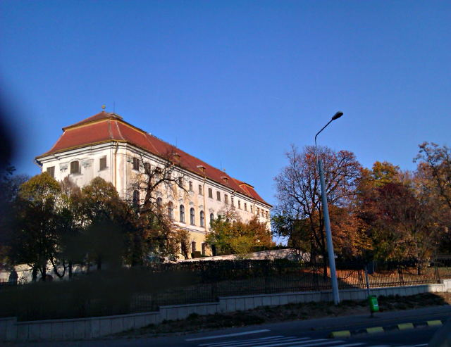 palatul baroc oradea HDR toamna