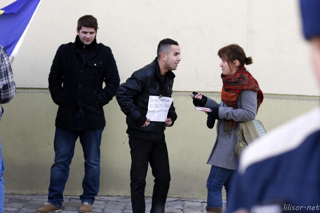 protestatari si jurnalisti