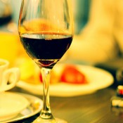 vin_ rosu caloian