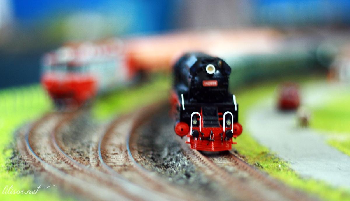 locomotiva veche miniatura