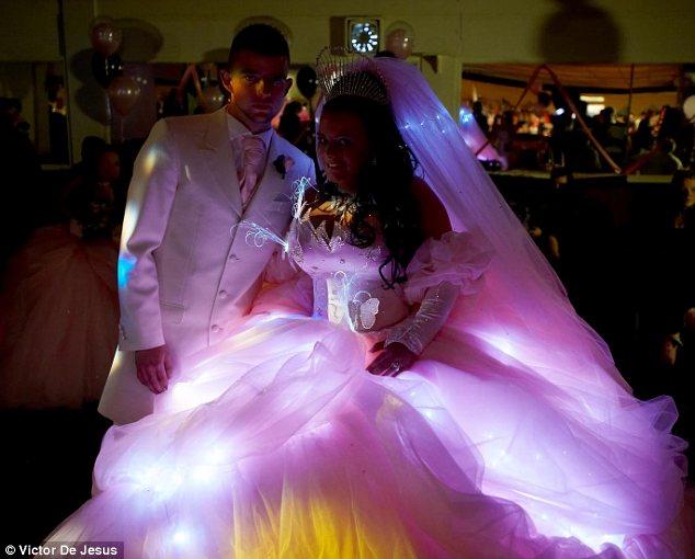 nunta kitch de tigani
