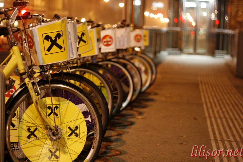 stand biciclete viena