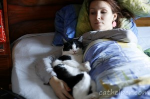 themitsi doarme in pat