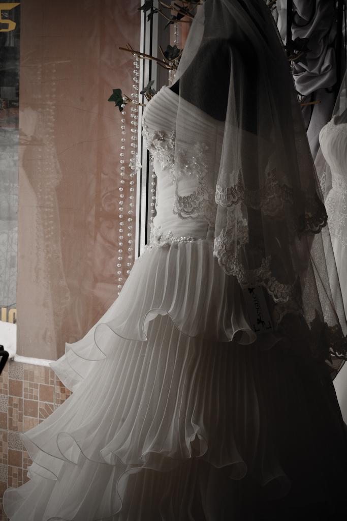 rochie mireasa in valuri