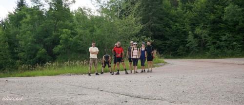 trupa de biciclisti- spre 10 hotare